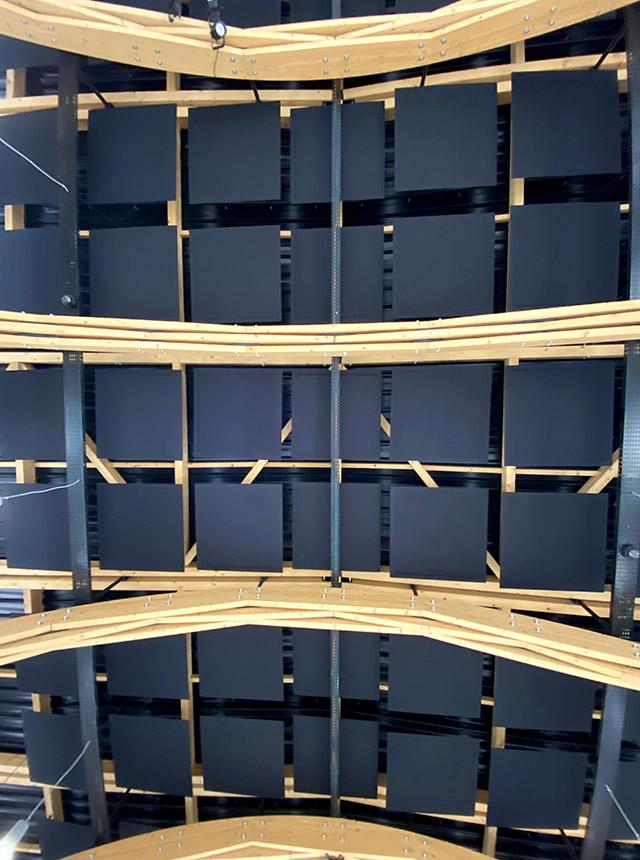 Plafond acoustique réalisé avec des panneaux acoustiques ROOF au pôle culturel DOCK 713 à Digoin
