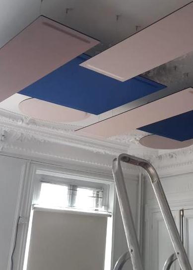 Création d'un plafond insonorisé avec des panneaux acoustiques DP-Acoustique